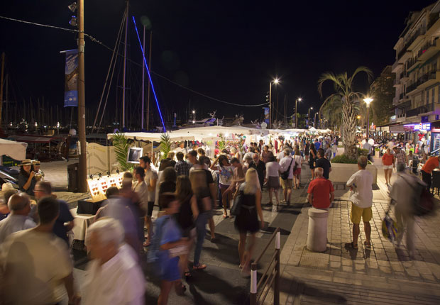 Cannes Destination nocturnes-quai-saint-pierre